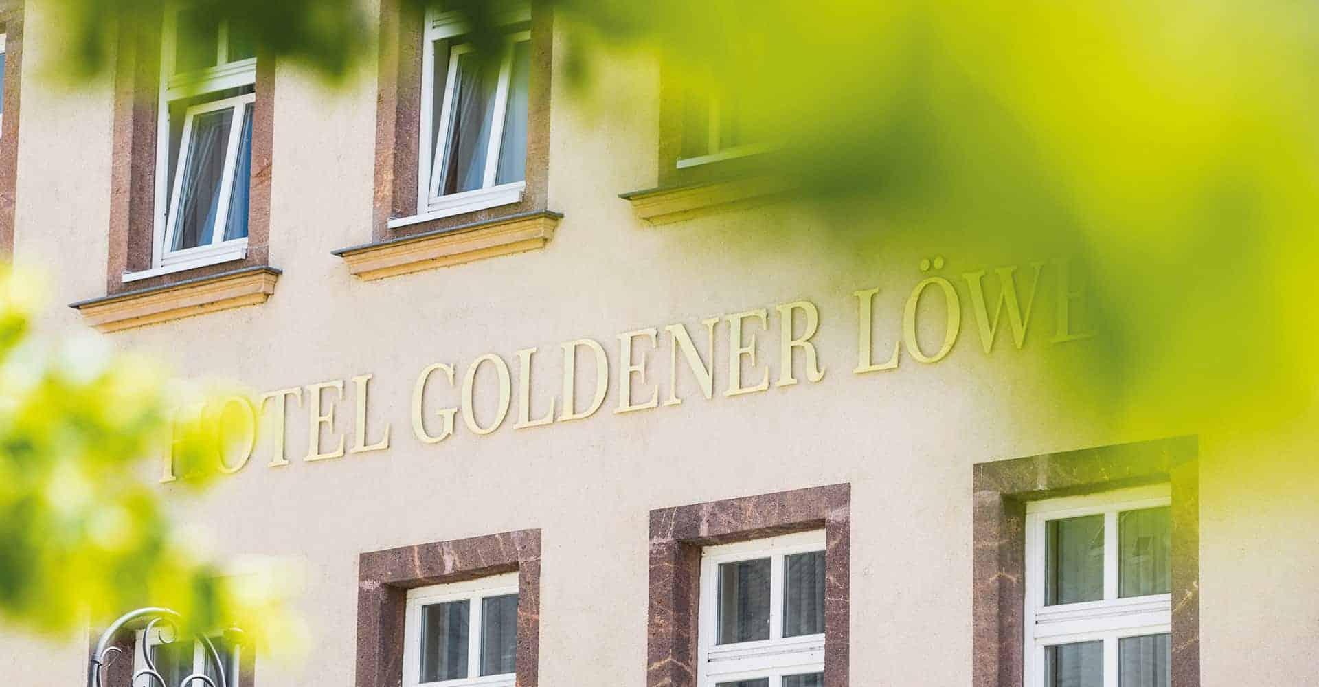 HOTEL GOLDENER LÖWE | INNENAUSBAU HOTEL UND RESTAURANT | Komplette Sanierung der Hotelzimmer, der Flure, des Empfangs und des Restaurants eines 23 Jahre lang brachliegendes Hotels.