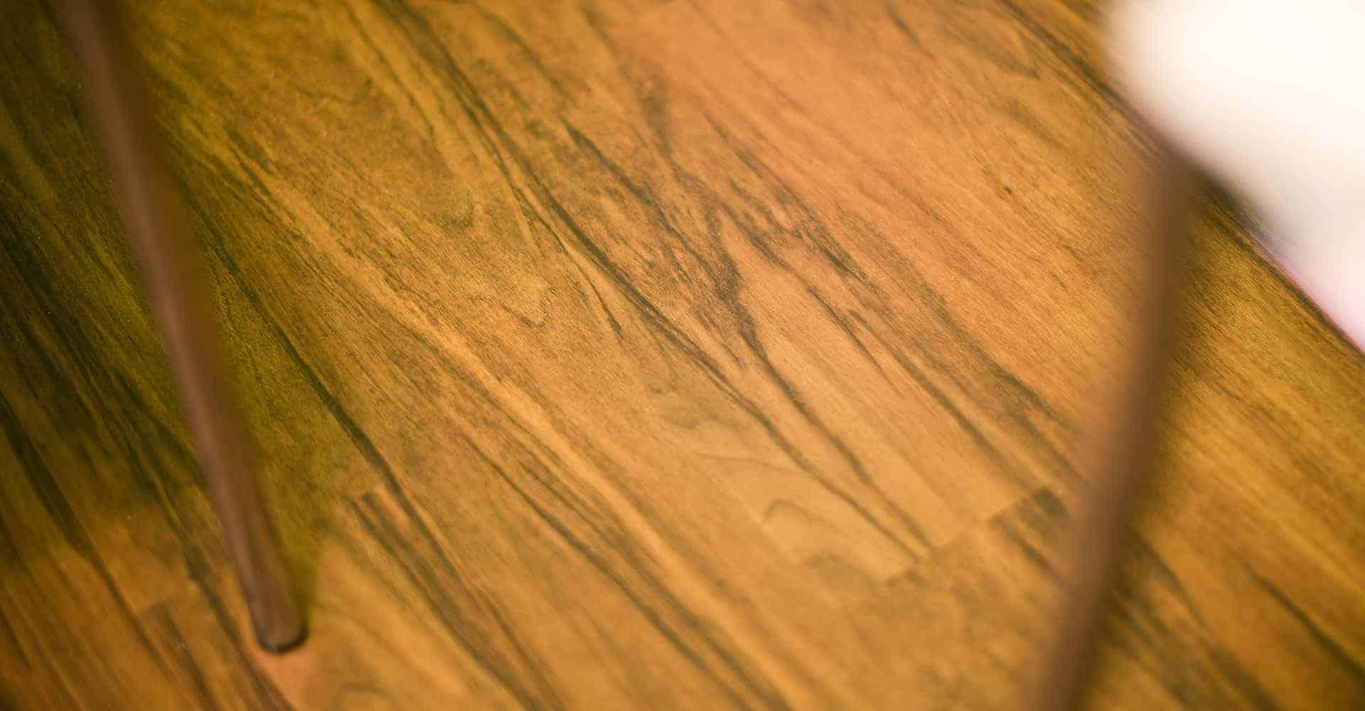 PRAXIS DR. KNAUT DRESDEN | INNENAUSBAU HAUSARZTPRAXIS DRESDEN | Die Allgemeinmedizinerin Frau Dr. Knaut hat bei der Auswahl zu verwendender Produkte für den Innenausbau Ihrer Praxis sehr auf Langlebigkeit und Strapazierfähigkeit geachtet. So viel z.B. die Wahl auf Designerbodenbeläge von objectflor. Die Farbgestaltung sollte farbenfroh und lebendig sein.