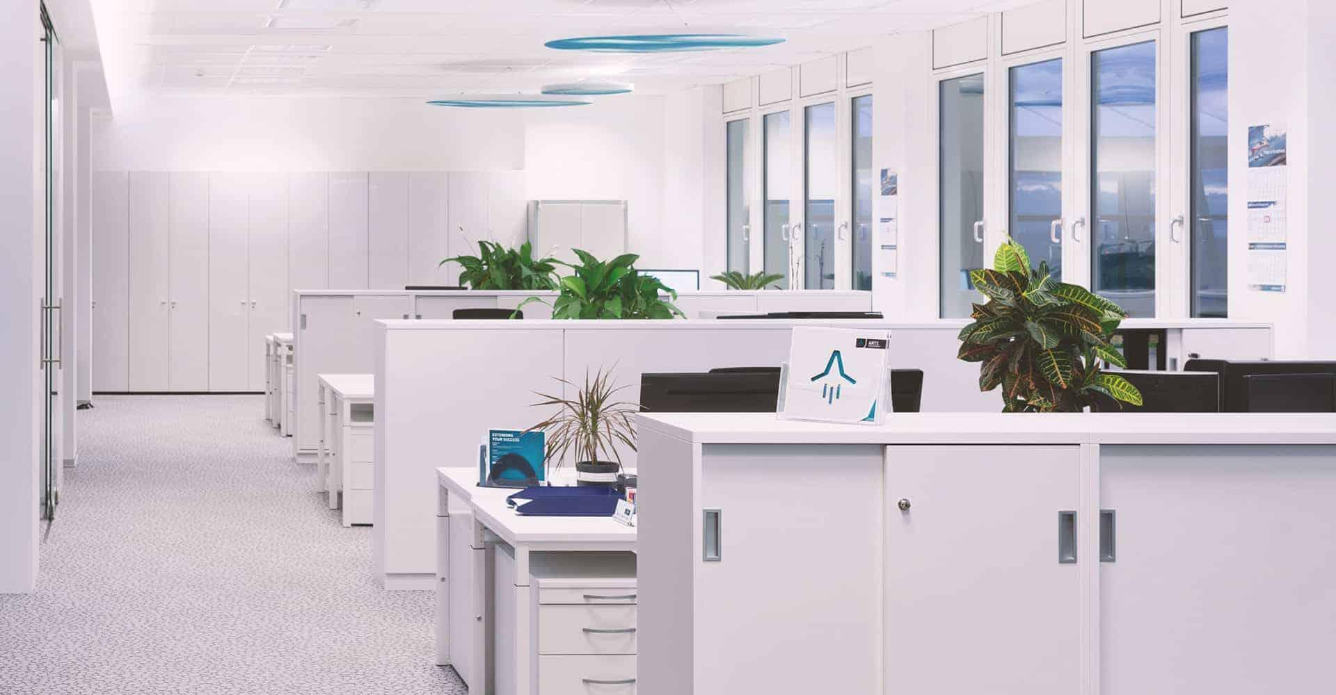 AIRPORT CENTER DRESDEN | INNENAUSBAU BÜROETAGE | Nach Planung des Architekturbüros Seidel+Architekten wurde die Büroetage des Airport Centers Dresden komplett neugestaltet.