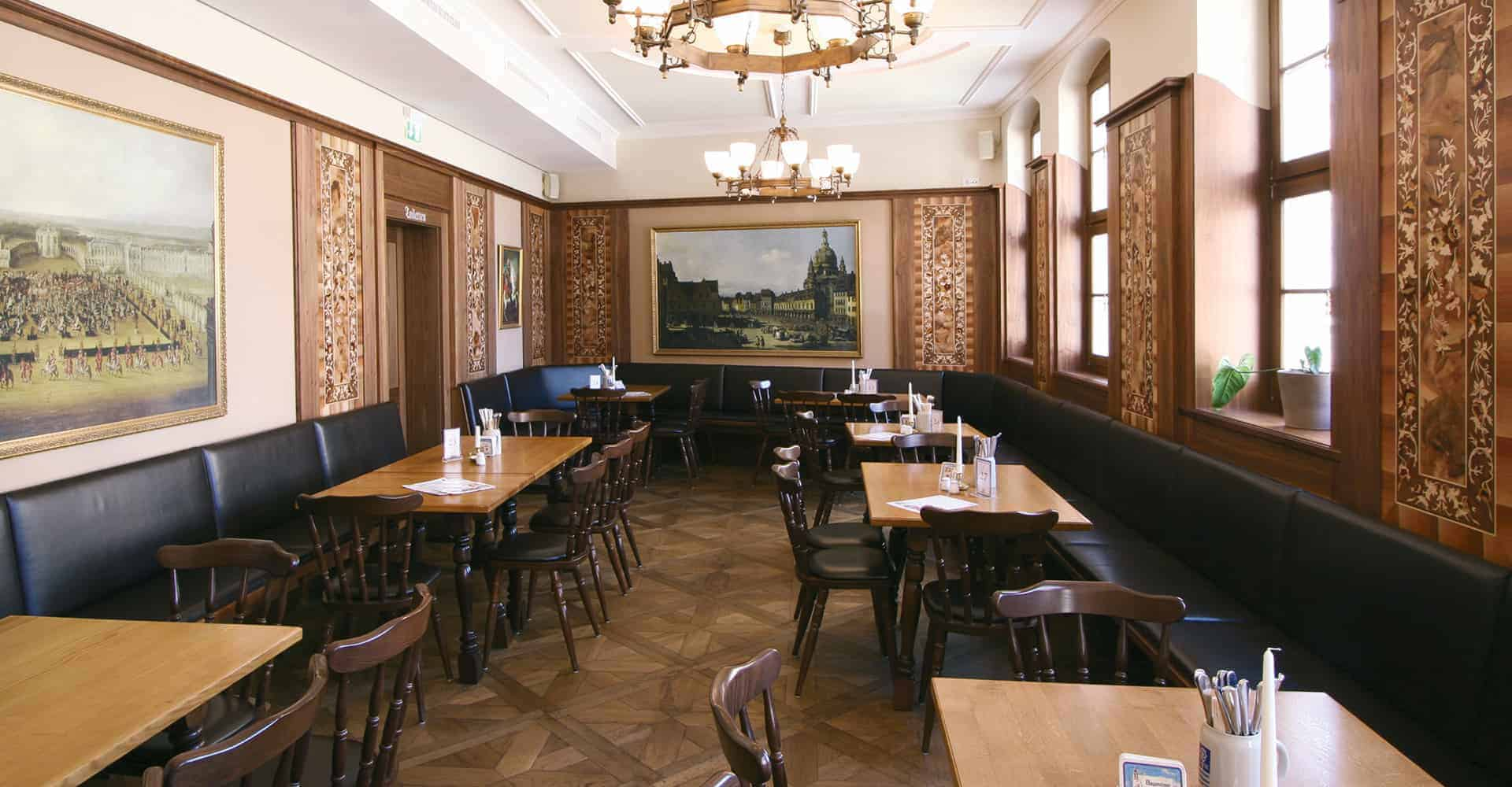 Restaurant Frauenkirche | INNENAUSBAU Umsetzung der Innenraumgestaltung nach den strengen Richtlinien der Augustiner Brauerei in Kombination mit der sächsischen Kultur.