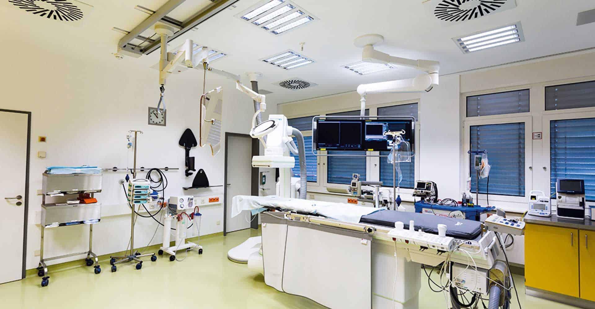 Herzzentrum Dresden GmbH, Universitätsklinik, Planung, Bau, Herzkatheterlabor, Roentgen, Medizin, Referenz, Technischen Universität, SIEMENS, 100 qm, Architektur, GU-Leistung, Handwerk, Maler, Boden, Trockenbau, Dresden