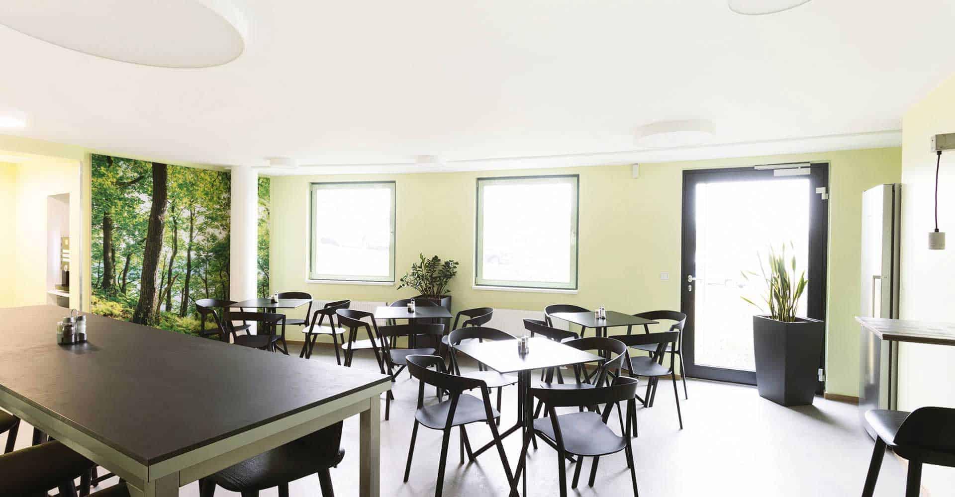 Referenz, Autohaus Pattusch, Neugestaltung Personalbereich, Speiseraum, Küche, Innenausbau, Handwerk, GU-Leistung, Architektur, Marketing, Dresden, 45 qm