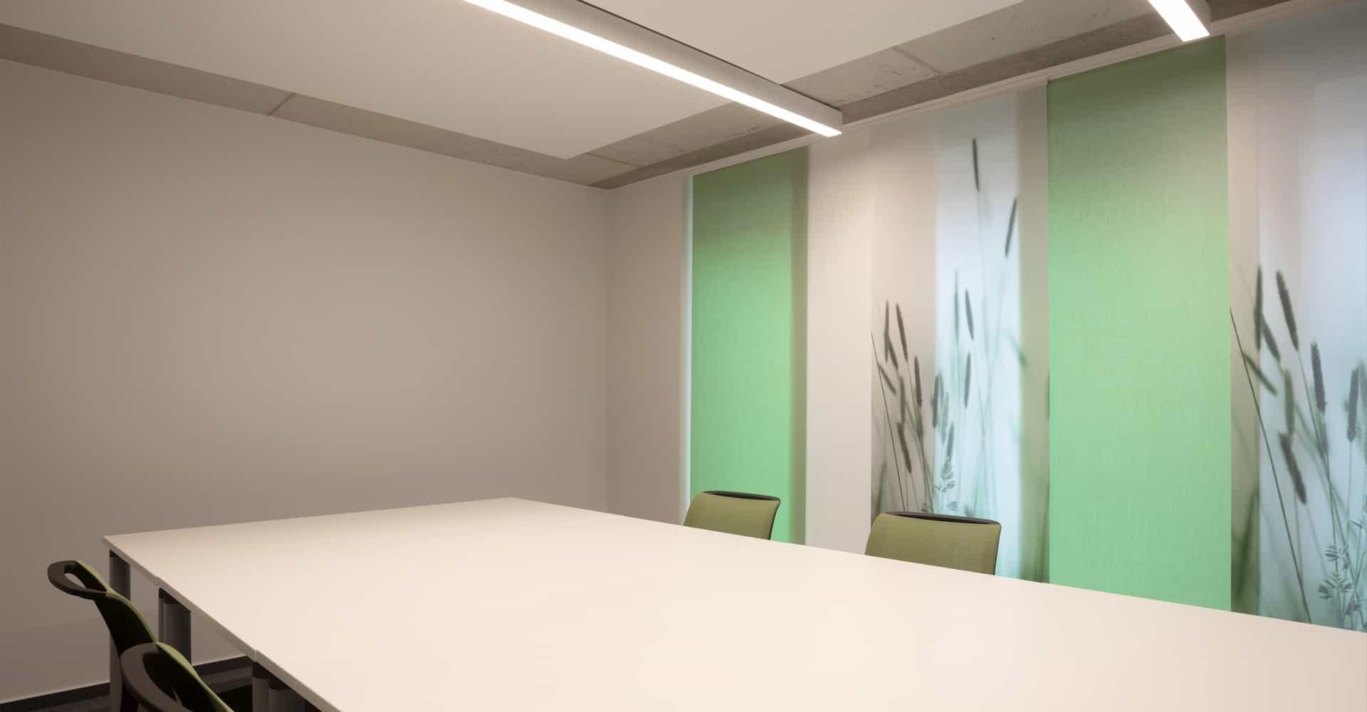 KADUR Gruppe AOK PLUS Filiale Dresden Büro Besprechungsraum